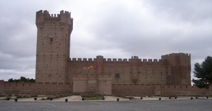 Замок Ла Мота, Испания