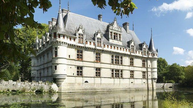 Замок Азе-ле-Ридо, Франция
