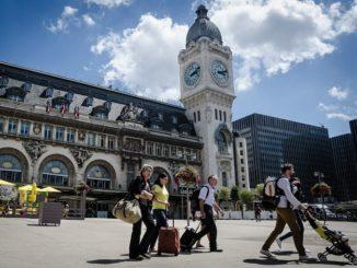 fПариж, туристы, Лионский вокзал
