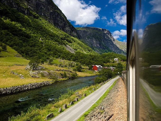 Фломская железная дорога в Норвегии, фото Kenny Louie / Flick
