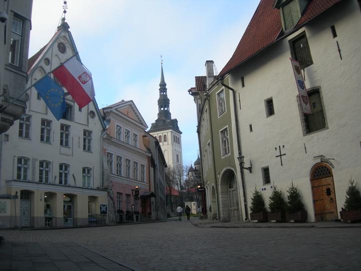 Таллин, возле Ратуши