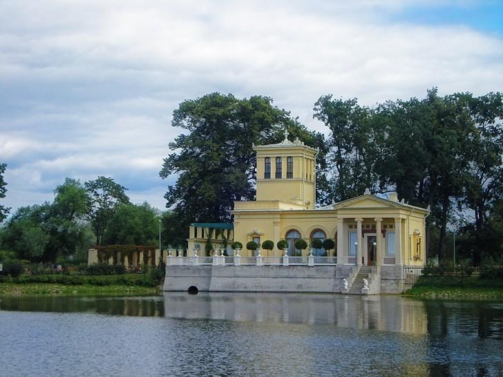 Ольгин павильон, Петергоф