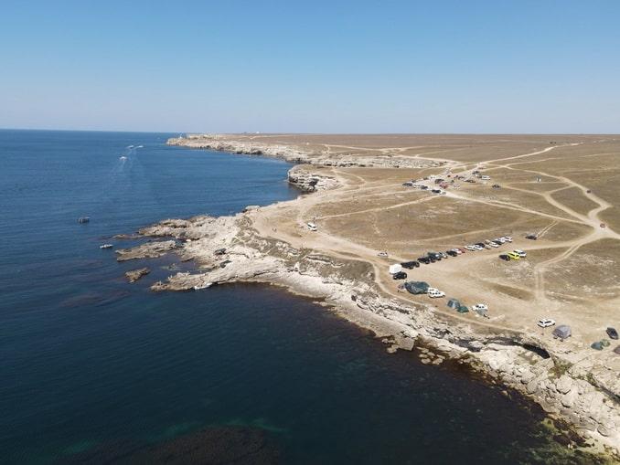Мыс Тарханкут находится на западе Крыма