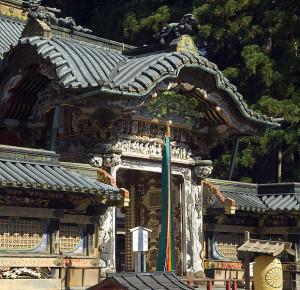 Никко, ворота Карамон
