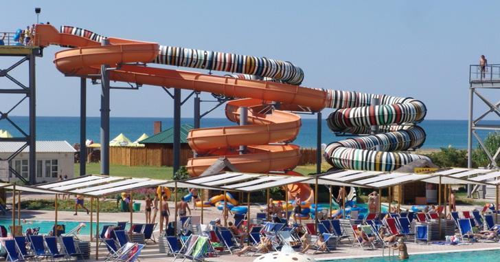 Аквапарк в Крыму, фото windoftravel.net