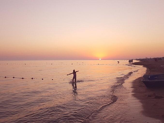 Море и пляж в Анапе в июне