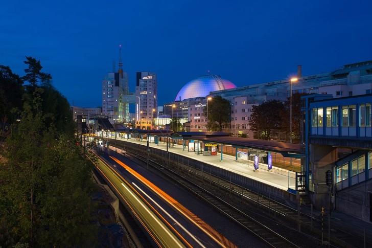 Станция метро Стокгольма Globen