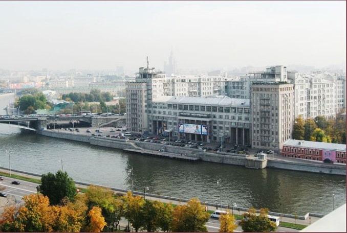"""""""Дом на набережной"""", фото Rebrov Aleksandr"""
