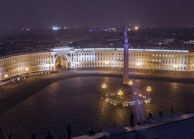 Дворцовая площадь, вид сверху