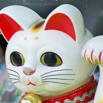Кошки — талисман в Японии