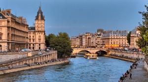 Набережная Сены, Париж