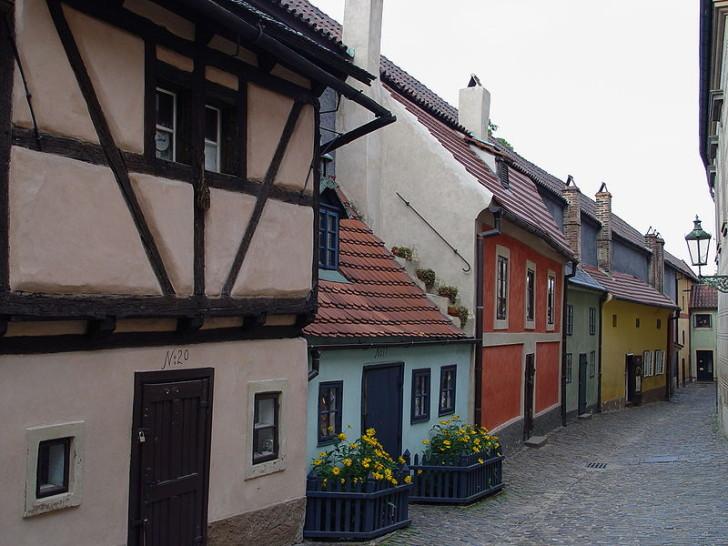 Золотая улочка в Пражском граде