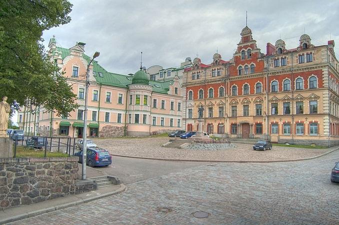 Старая ратушная площадь в Выборге
