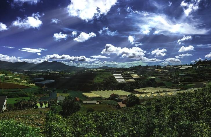 Горы в Далате, Вьетнам