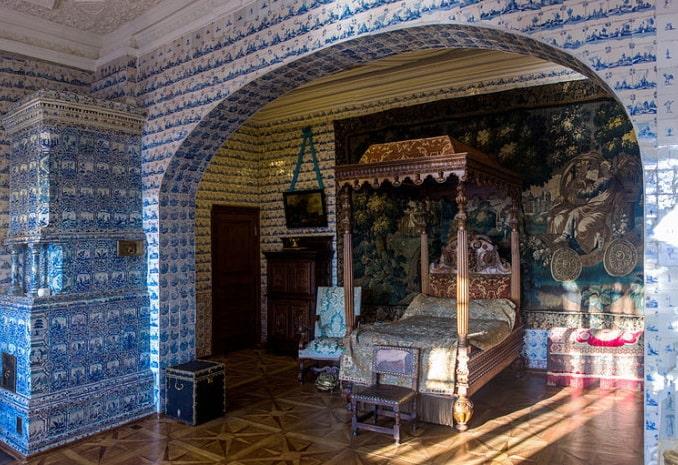 Зал Меншиковского дворца - Варварины покои, фото Alexey Komarov / Wikimedia Commons