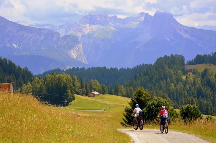 Дорога, велосипеды, Италия
