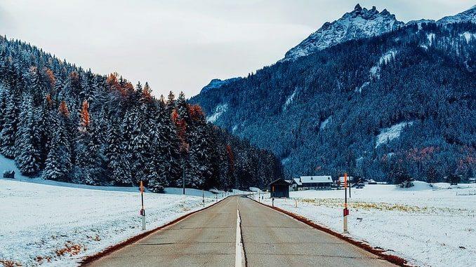 Зимняя дорога в Италии, Европа