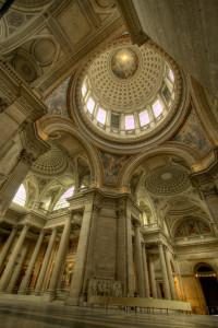 Парижский Пантеон внутри