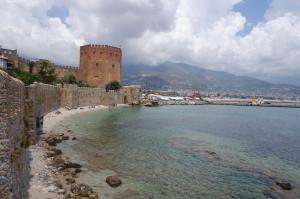 Красная башня и Терсане в Аланье