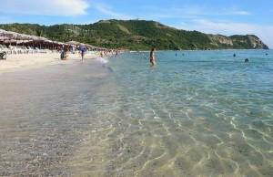 Пляж на Ко Лан