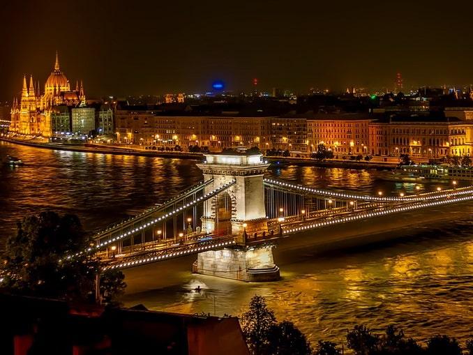 Цепной мост в Будапеште нужно посмотреть вживую