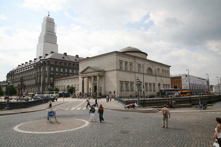Кристиансборг и музей Торвальдсена, Копенгаген