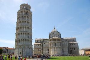 Пизанская башня и собор