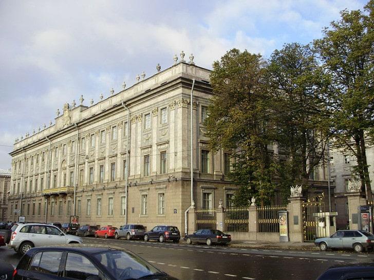 Мраморный дворец, Миллионная улица, СПб