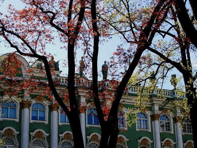 Внутренний двор Зимнего дворца, осень