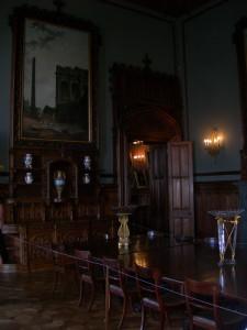 Столовая Вороноцовского дворца в Алупке