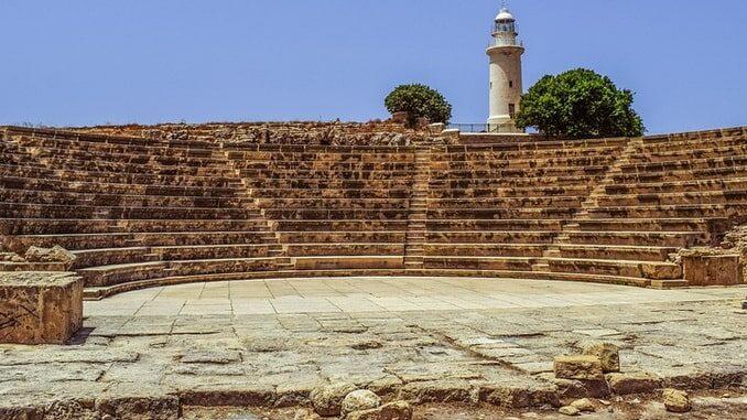 Амфитеатр в Пафосе обязательно нужно посмотреть на Кипре