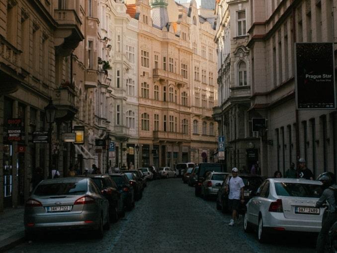 В Прагу на машине - с парковкой могут быть проблемы