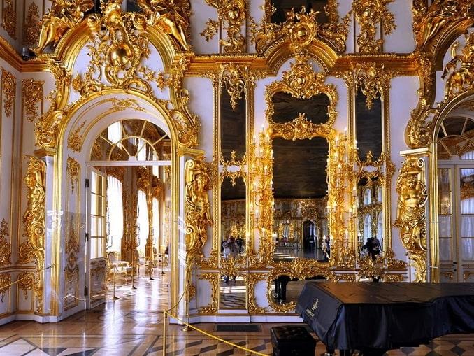 Зал в Большом Екатерининском дворце
