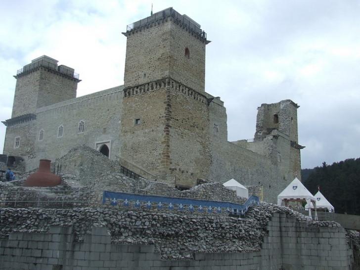 Крепость Диодьер в Мишкольце