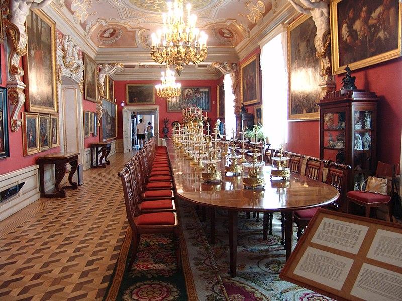 Столовая Вилянувского дворца