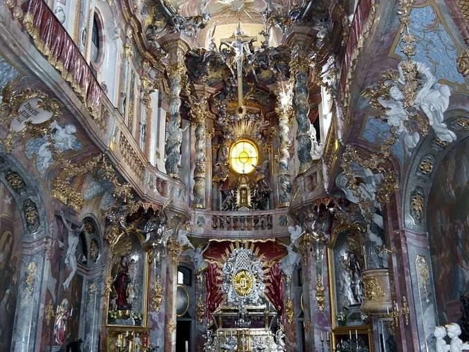 Азамкирхе в Мюнхене, Германия