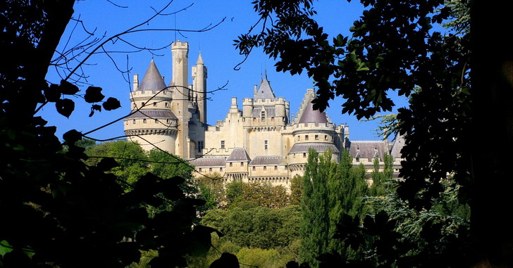 Замок Пьерфон, Франция