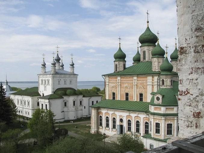 В Переславль-Залесский в Ярославской области стоит съездить летом