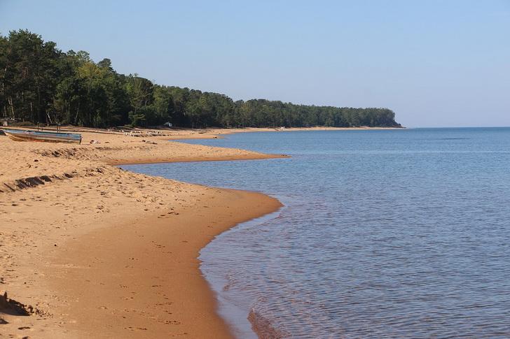 Песчаный пляж, Байкал, Россия