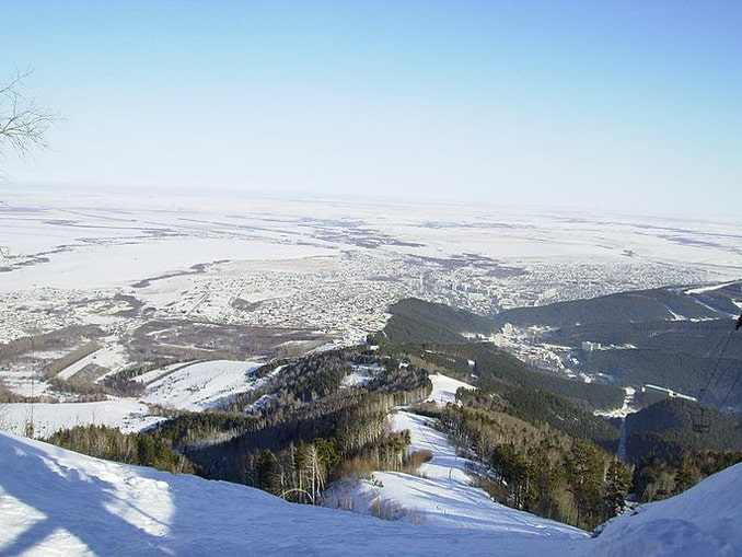 Белокуриха зимой - склон Церковки, фото Петрашевски Фрайдейс