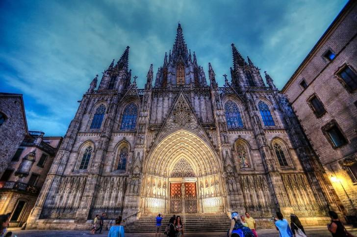 Собор Святой Еулалии и Святого Креста, Барселона
