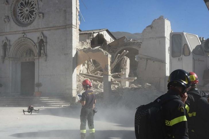 Землетрясение в Норче, Италия