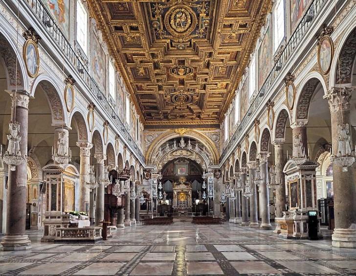 Санта-Мария-ин-Арачели внутри, фото Peter1936F