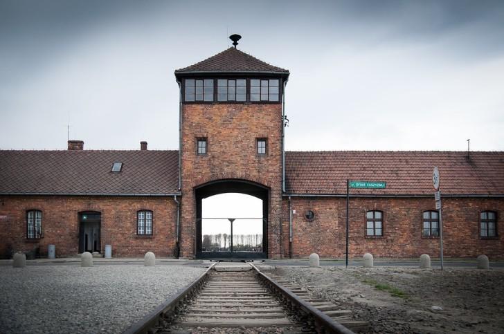 Освенцим-Аушвиц