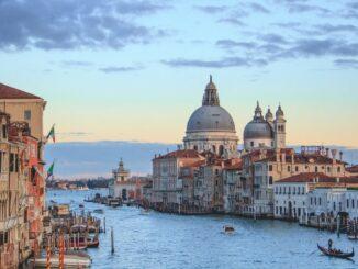 Венеция: Гранд-Канал и Санта-Мария-делла-Салюте