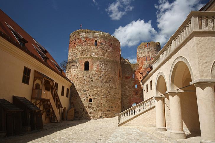 Бауский замок, Латвия