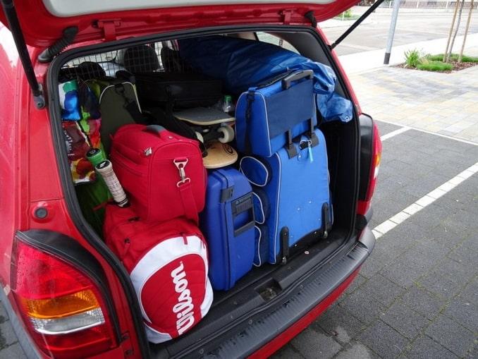 На машине в Европу - что взять?