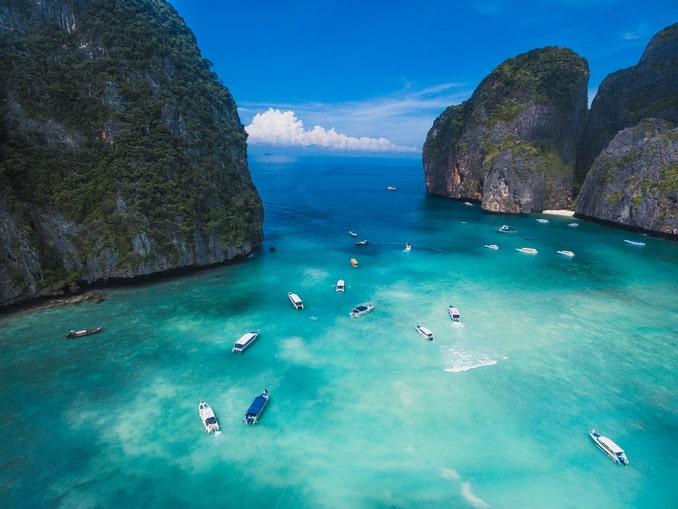 На Пхи-Пхи в Таиланде в начале декабре можно отдыхать