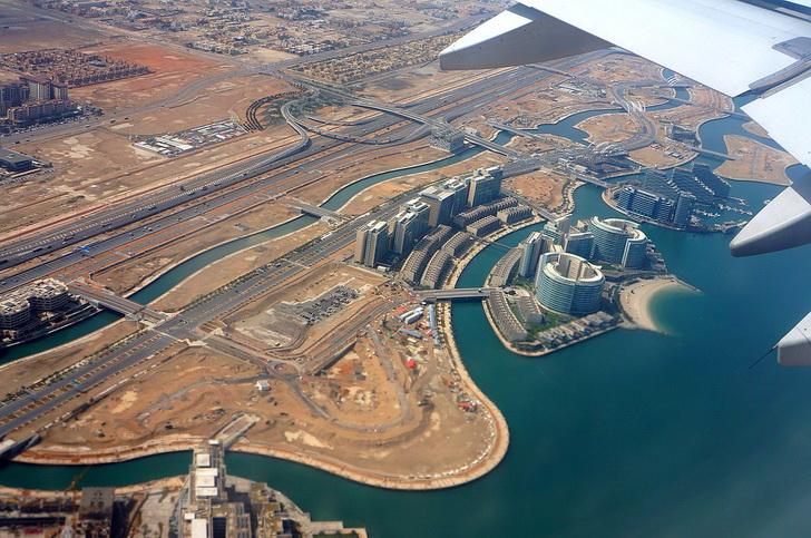 Абу-Даби, Дубай