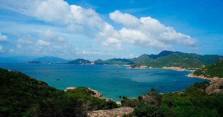 Вьетнам, бухта Камрань